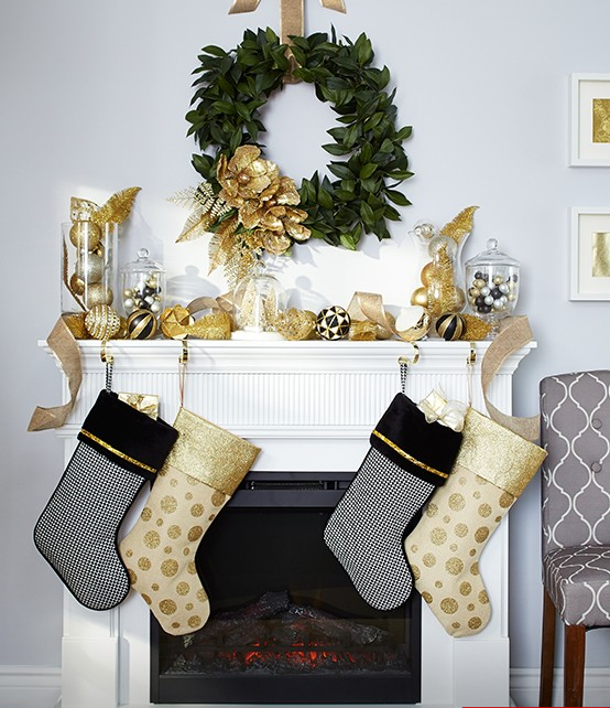 gold-stockings-canvas-canadian-tire