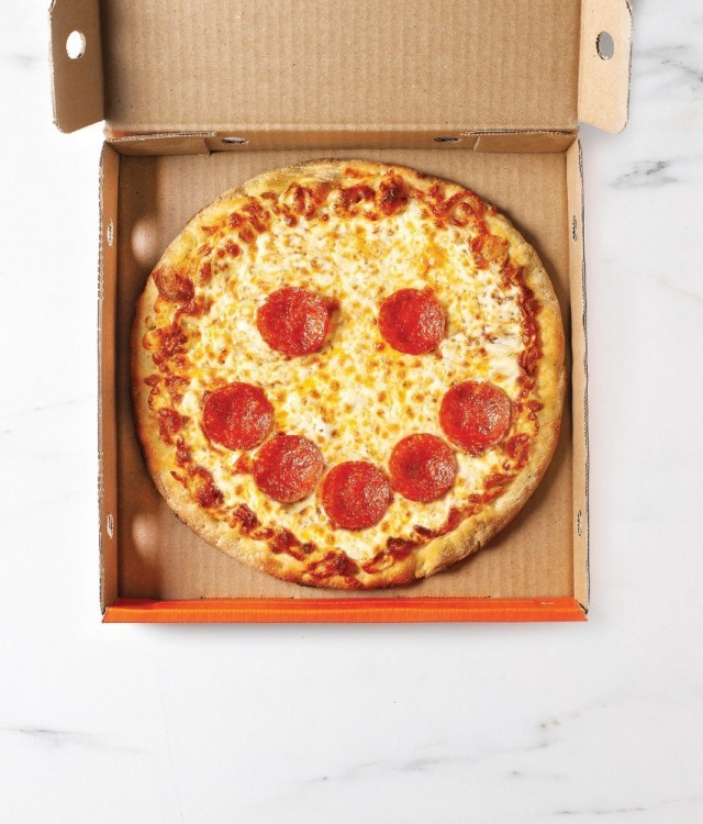 Pizza Pizza and Pizza 73 bring back Slices for Smiles, to celebrate the impact that a simple smile can have and raise money for children's hospitals across Canada (CNW Group/Pizza Pizza Limited)
