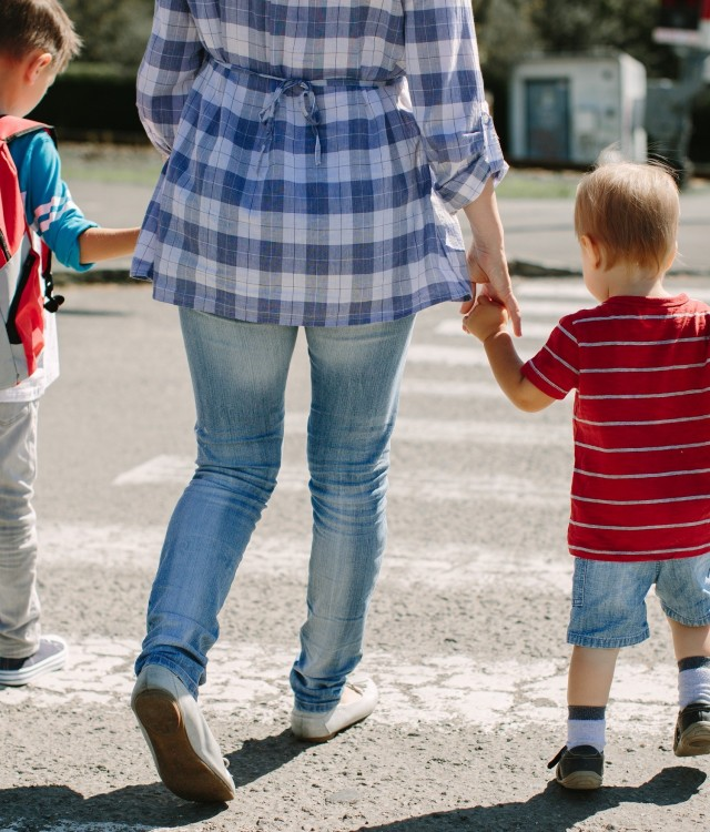 1. As the school year starts, there is new troubling research from CAA that shows an increase in parents reporting dangerous driving behaviours in school zones. (CNW Group/CAA South Central Ontario)
