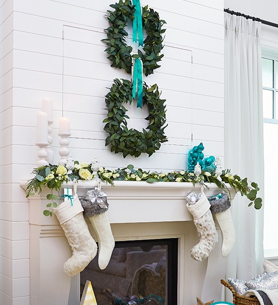 white-teal-stockings-canvas-canadian-tire
